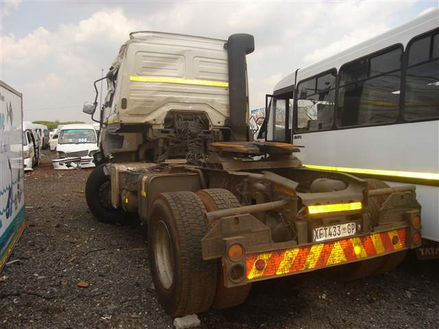 Code 4 2008 mercedes benz truck 3331 45 actros in gauteng for 2008 mercedes benz truck