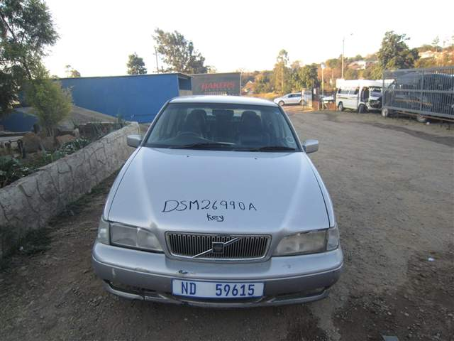 1997 VOLVO S70