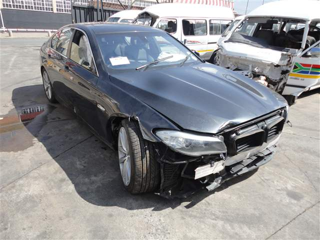 2012 BMW 520D F10 A/T