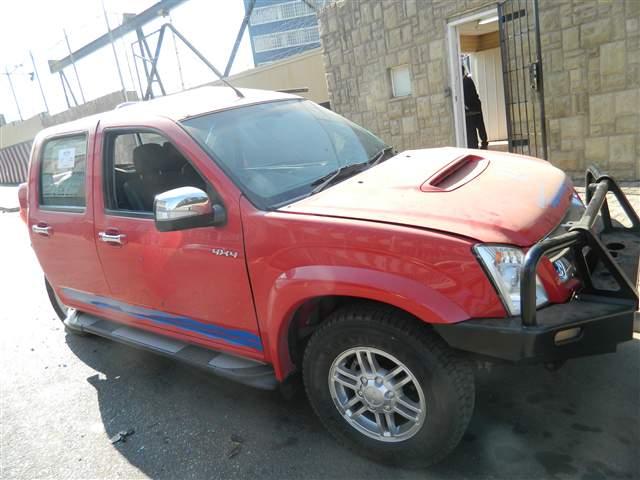 2011 ISUZU KB 300 TDi D/CAB LX