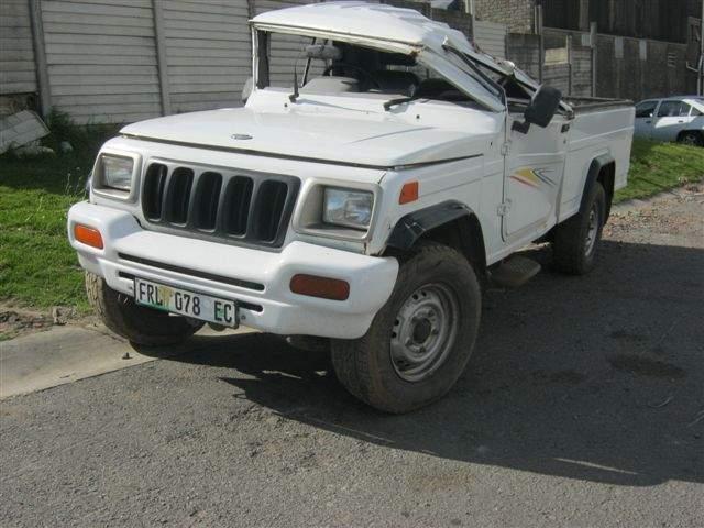 Mahindra Salvage Damaged Cars For Sale