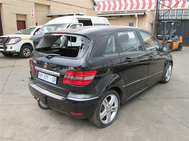 code 2 2009 mercedes benz b200 in gauteng johannesburg 419429. Black Bedroom Furniture Sets. Home Design Ideas
