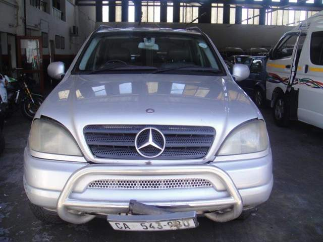 2001 MERCEDES-BENZ ML270 CDi