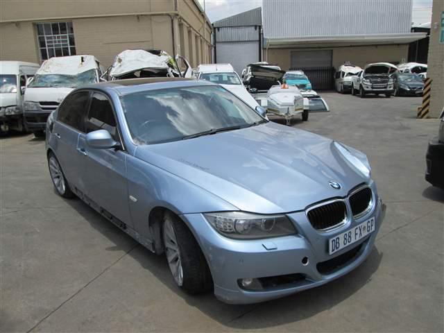 2010 BMW 320 D (E90)