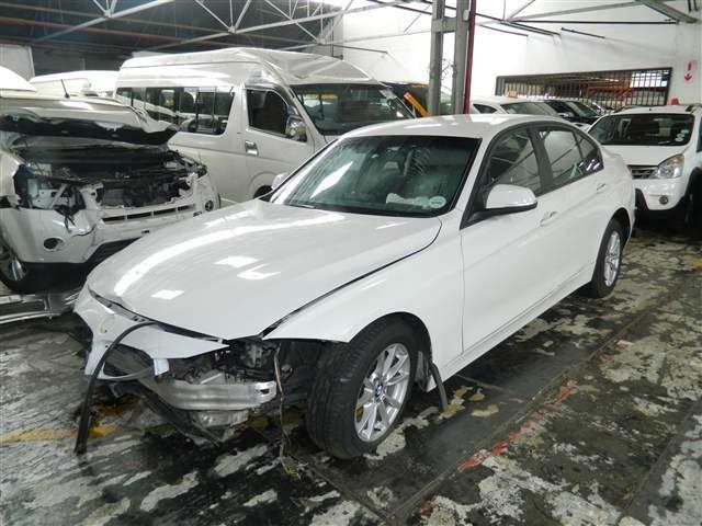 2012 BMW 320D A/T F30