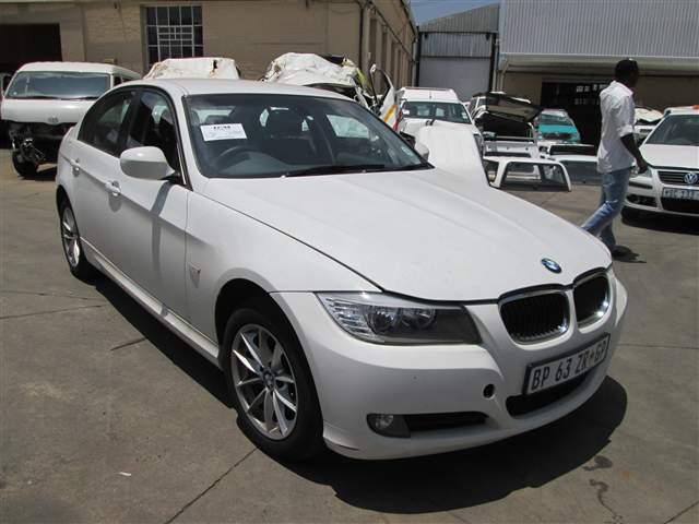 2011 BMW 320 D (E90)