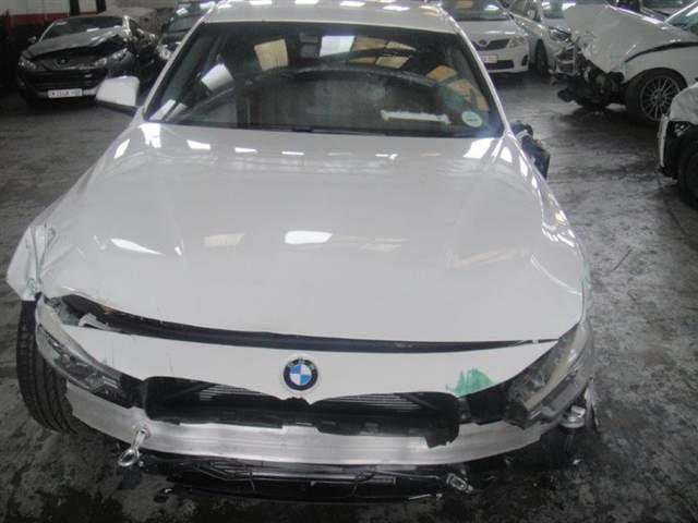 2014 BMW 320D A/T F30