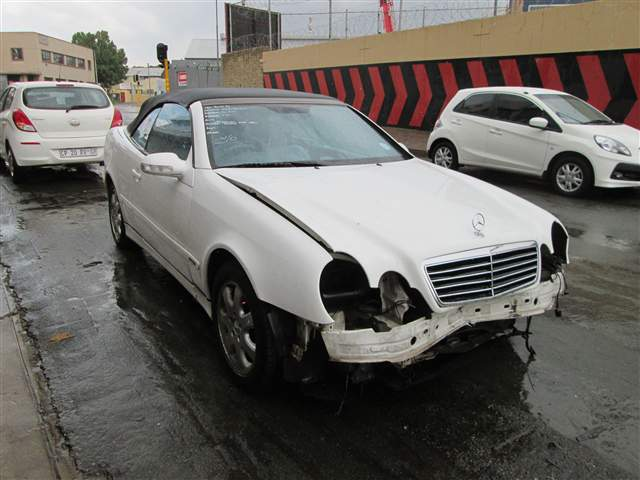 2000 MERCEDES-BENZ C230K COUPE A/T