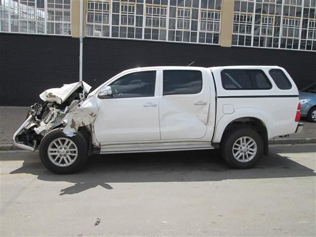 Code 2 2014 Toyota Hilux 2 5 D4d D C In Gauteng Johannesburg 419350