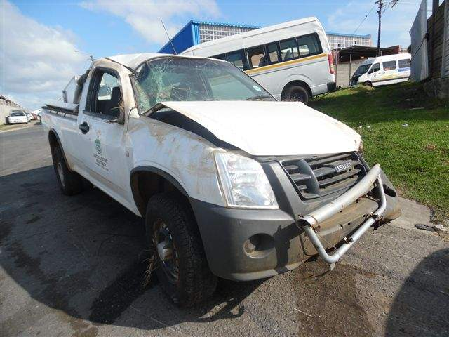 2011 ISUZU KB250D FLEETSIDE