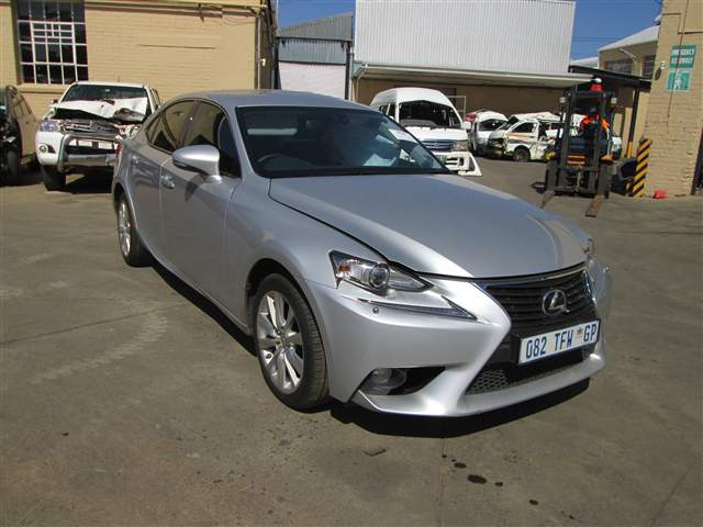 2013 LEXUS LEXUS IS 250 SE A/T