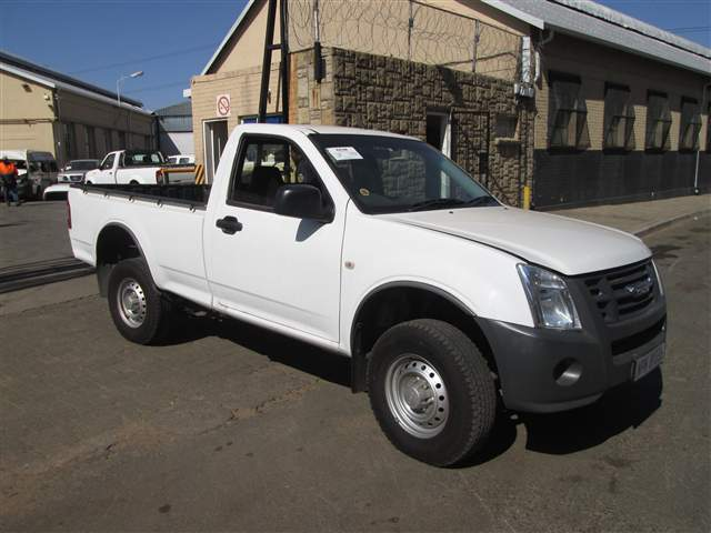 2012 ISUZU KB 160 FLEETSIDE