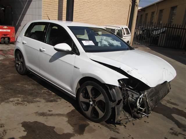Code 2 2013 Volkswagen Golf 7 Gti Tsi 2 0 A C In Gauteng