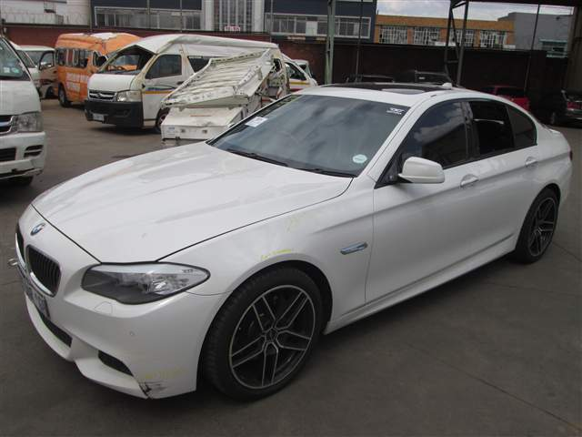 code 2 2011 bmw 535d f10 in gauteng johannesburg 418373. Black Bedroom Furniture Sets. Home Design Ideas