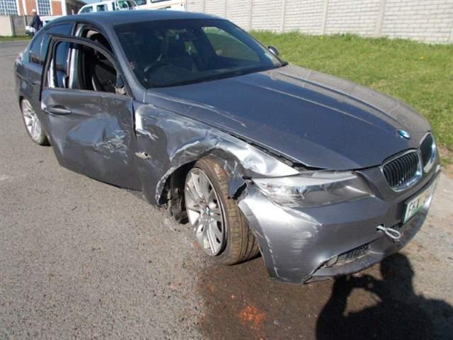 2009 BMW 323i (E90)