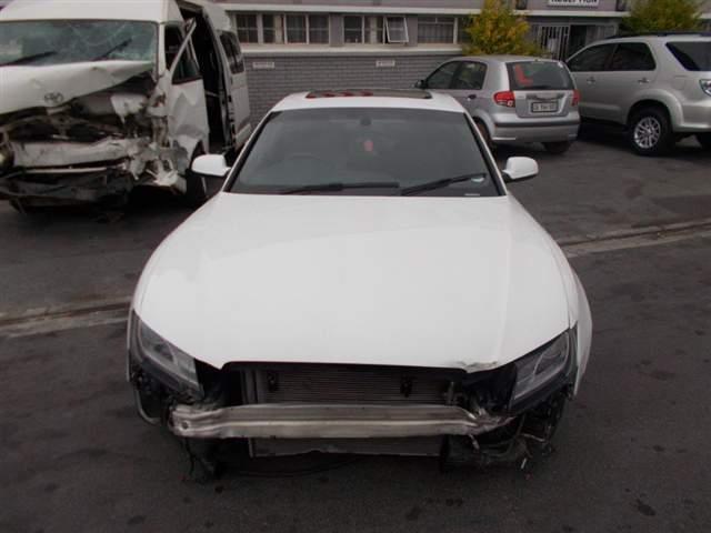 2011 AUDI A5 2.0 T