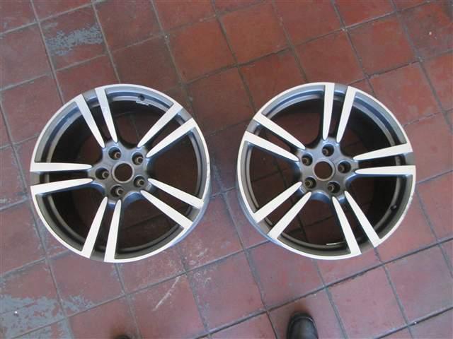 PORSCHE 911 CARRERA 2 COUPE (964)