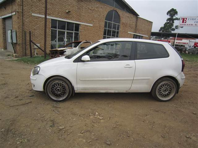 code unknown 2006 volkswagen polo 1 9 tdi in kwazulu natal pietermaritzburg 417915. Black Bedroom Furniture Sets. Home Design Ideas