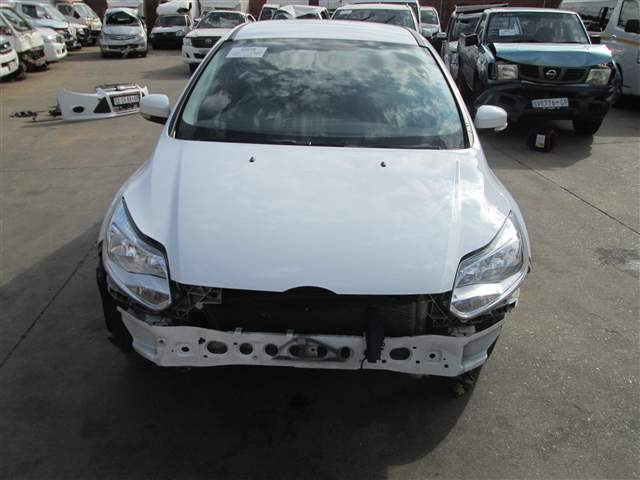 2014 FORD FOCUS 1.6i AMBIENTE 5Dr