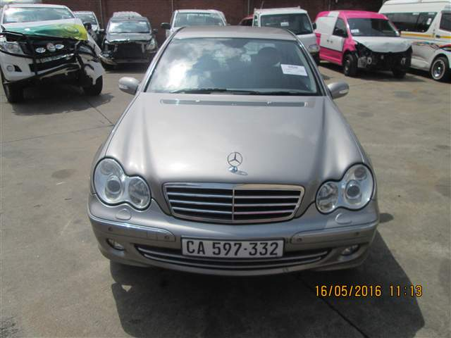 2004 MERCEDES-BENZ C 270 CDi Avantgarde A/T