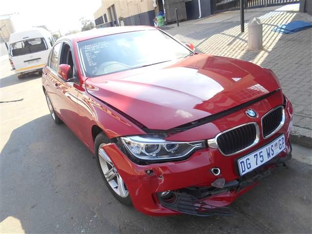 2014 BMW 320 I A/T F30