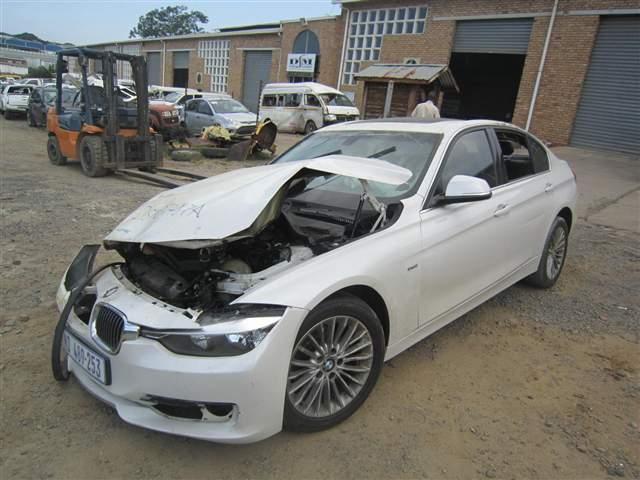 2012 BMW 320 I A/T F30
