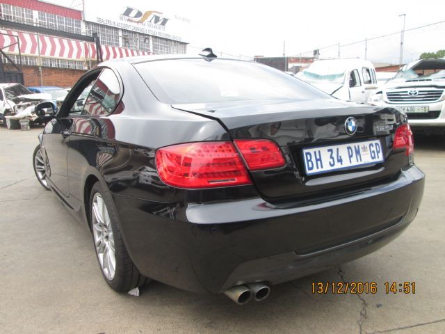 code unknown 2011 bmw 325i coupe a t e92 in gauteng 597450. Black Bedroom Furniture Sets. Home Design Ideas