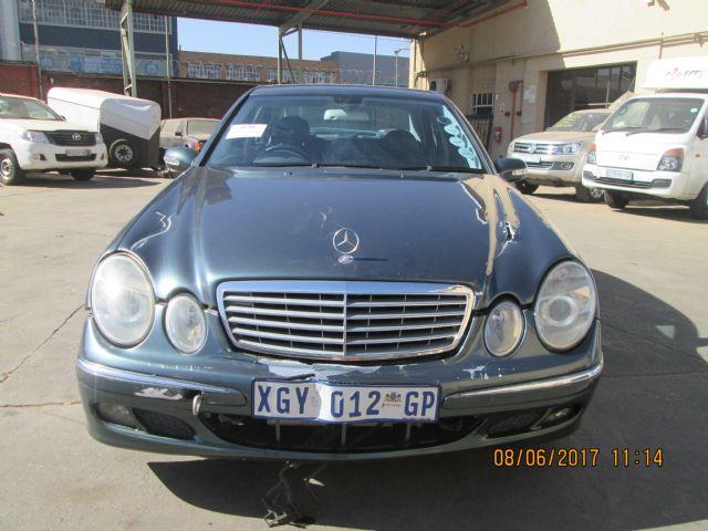 2004 MERCEDES-BENZ E 240