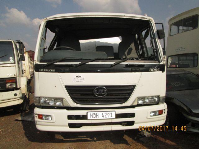 2012 NISSAN UD 85