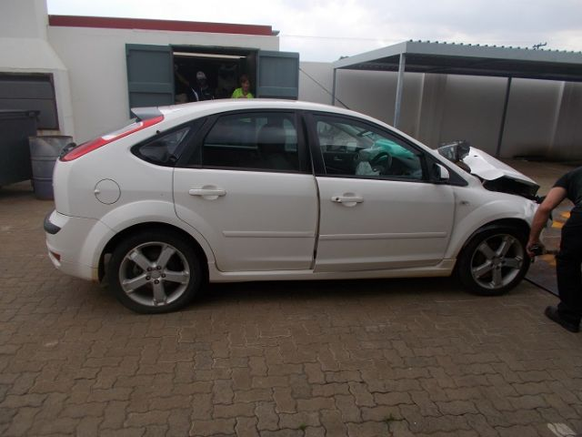 2007 FORD FOCUS 1.6 Si 5dr