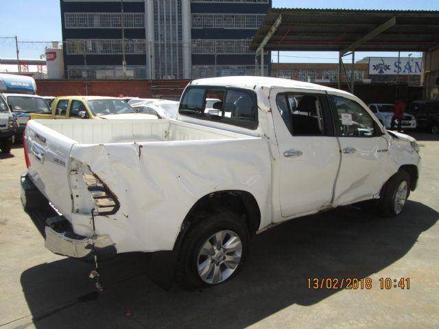 Code 2 2016 Toyota Hilux 2 8 Gd6 Rb In Gauteng 596674