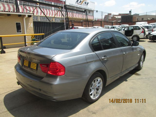 code unknown 2011 bmw 320i e90 in gauteng 596661. Black Bedroom Furniture Sets. Home Design Ideas