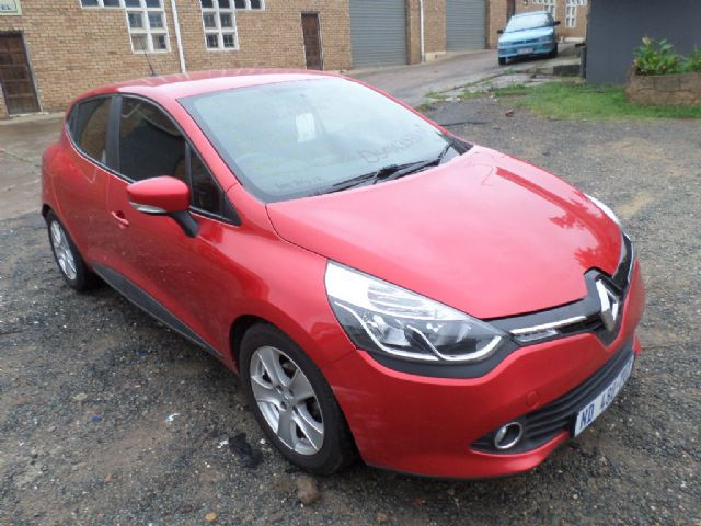 2015 RENAULT CLIO 4 DYNAMIC 900T