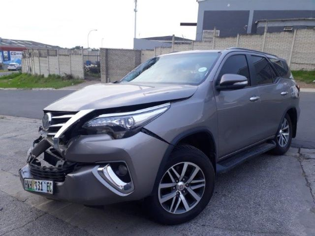 2016 TOYOTA FORTUNER 2.8 GD6