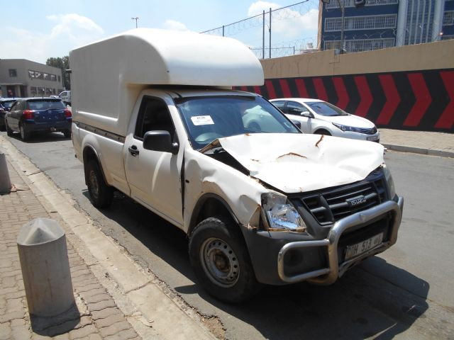 Isuzu Salvage Damaged Cars For Sale Page