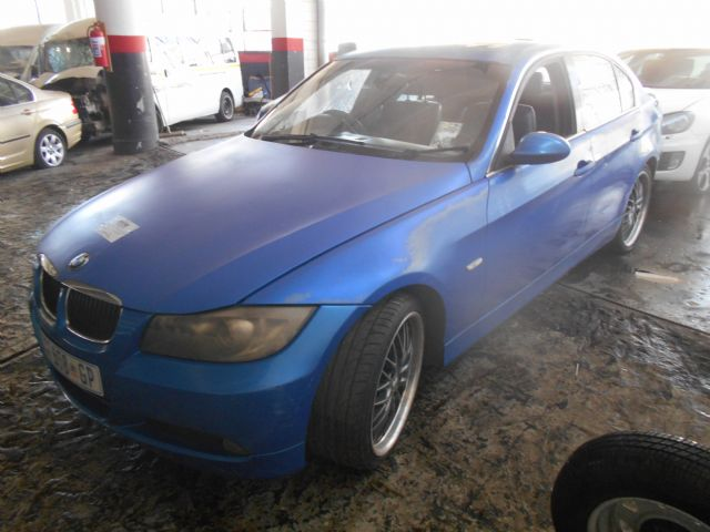 2005 BMW 320 D (E90)