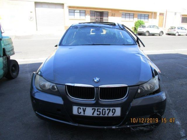 2008 BMW 320i (E90)