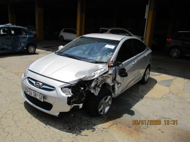 2013 HYUNDAI ACCENT 1.6 FLUID