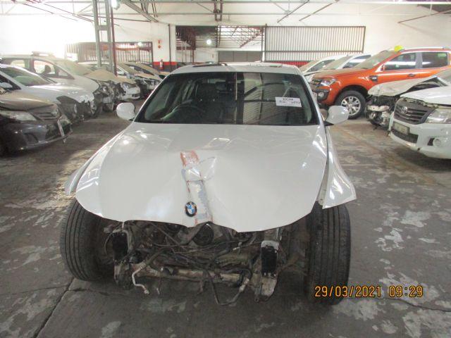 2012 BMW 320 D (E90)