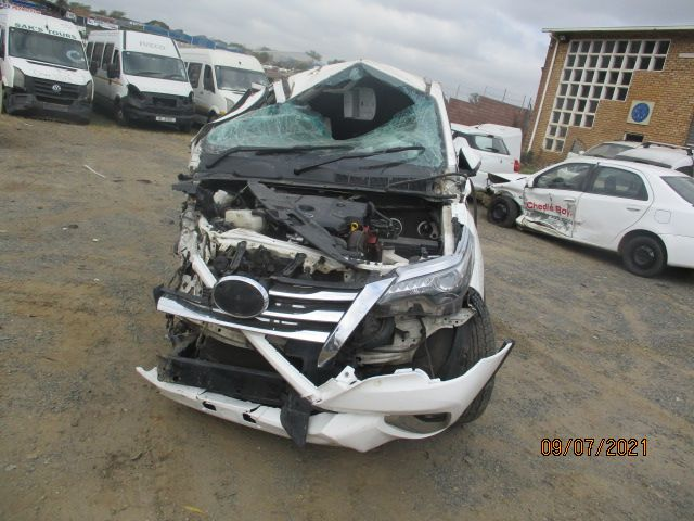 2017 TOYOTA FORTUNER 2.8 GD6