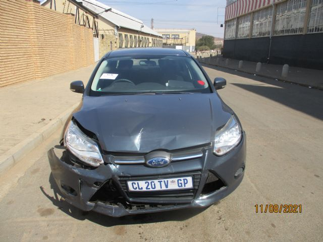 2013 FORD FOCUS 1.6i AMBIENTE 5Dr